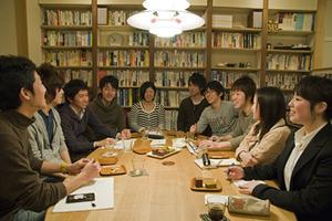大学生による普段着のフューチャーセンター